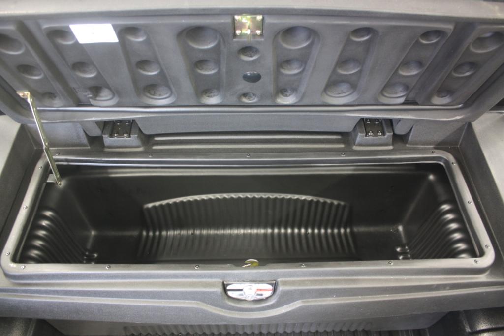 Tool Box, jako jakýsi přídavný kufr k Vašemu pick-upu. Možná montáž do dalších typů vozidel této kategorie.